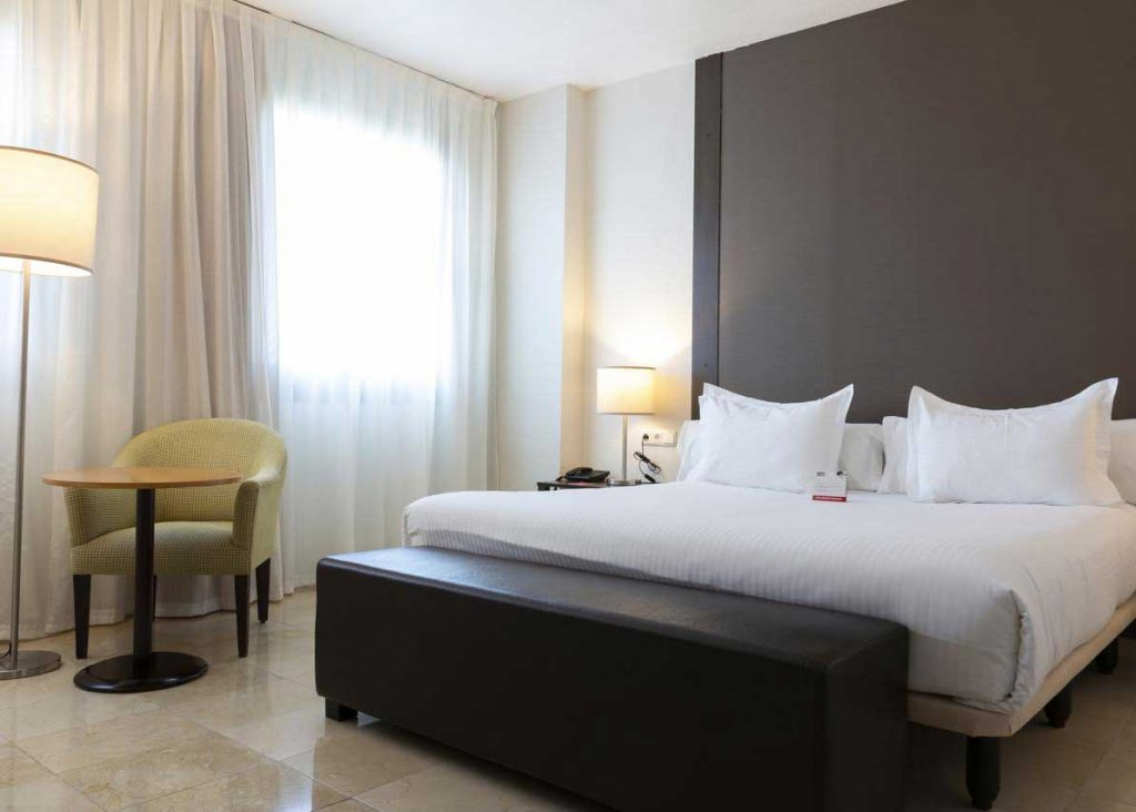 studiereis hotels Expo Hotel Valencia