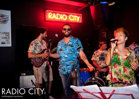Nachtleven Valencia RadioCity live optreden
