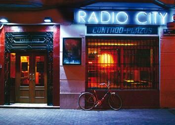Nachtleven Valencia RadioCity gebouw